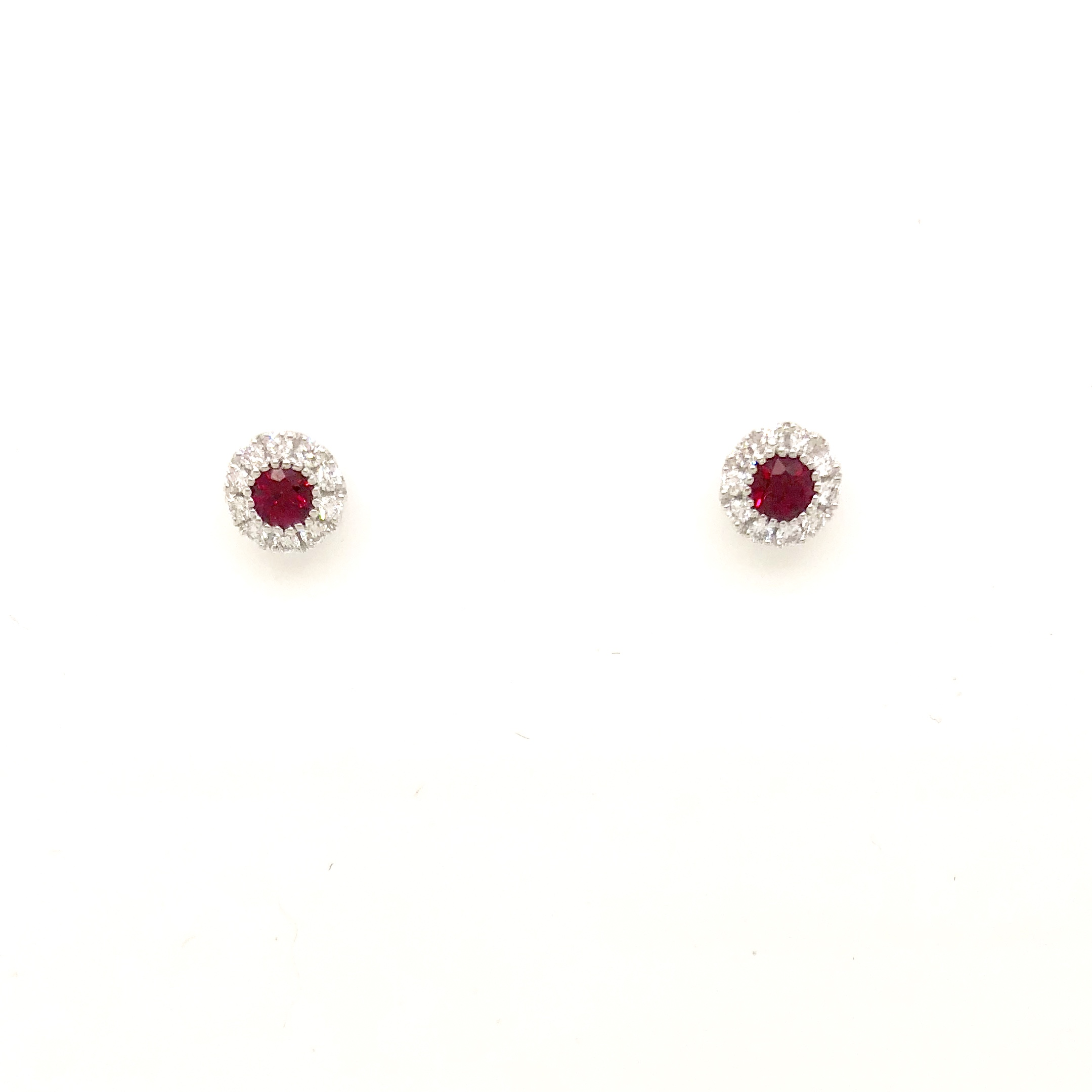 gold in stud white ruby oval earrings